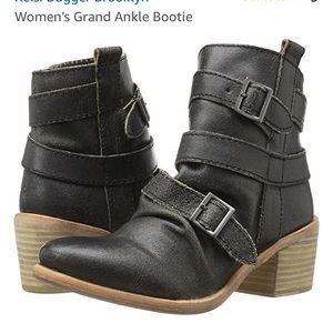 NWOT Kelsi Dagger Brooklyn Grand Ankle Bootie